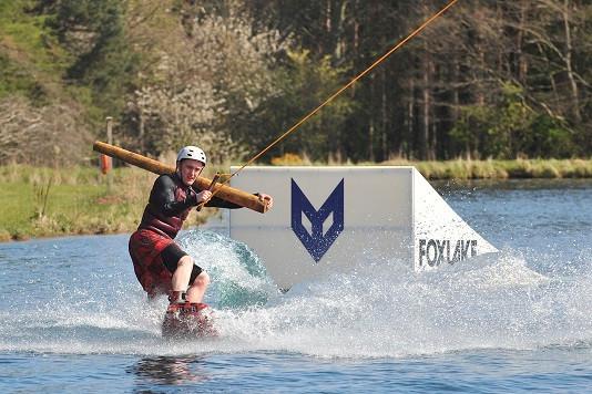 Foxlake Wakeboard.jpg