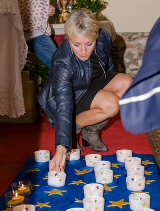 mamme portano la candela