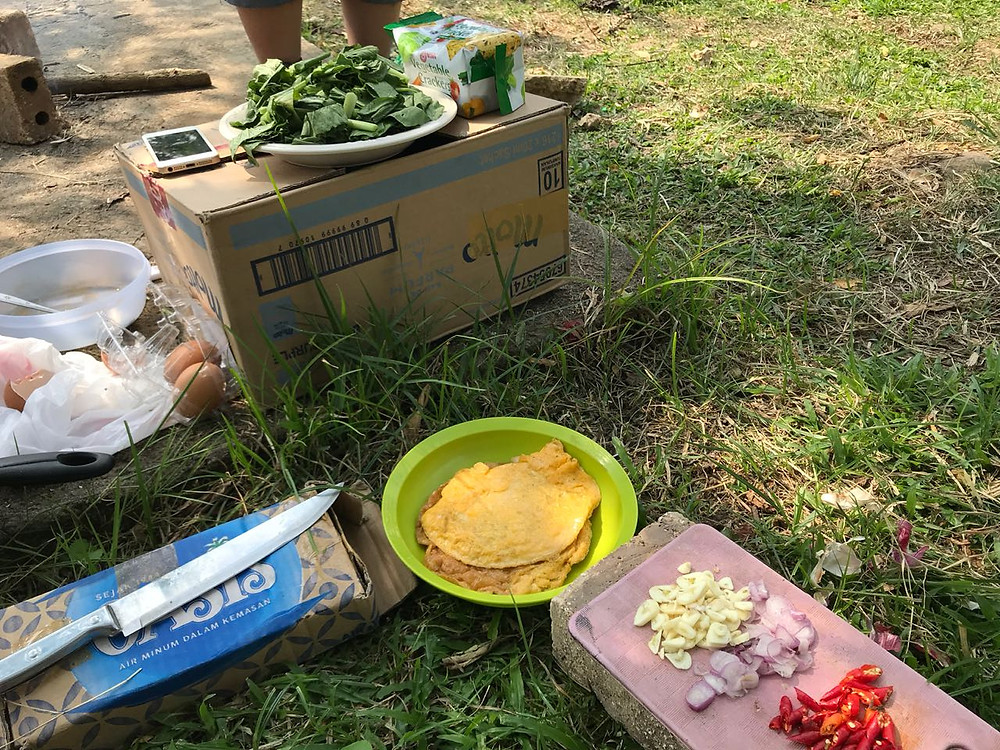 kebutuhan makanan saat camping
