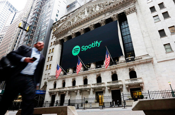 WARNER HAS SOLD $400M OF SPOTIFY STOCK – AND SAYS IT WILL SHARE MONEY WITH ARTISTS AND LABEL PARTNER