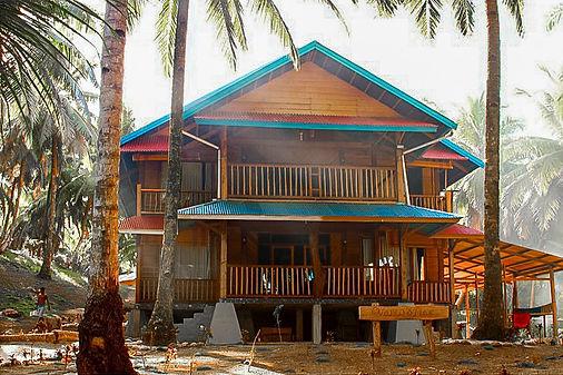 Yantos Place, Surf Camp, Mojosurf Mentawais