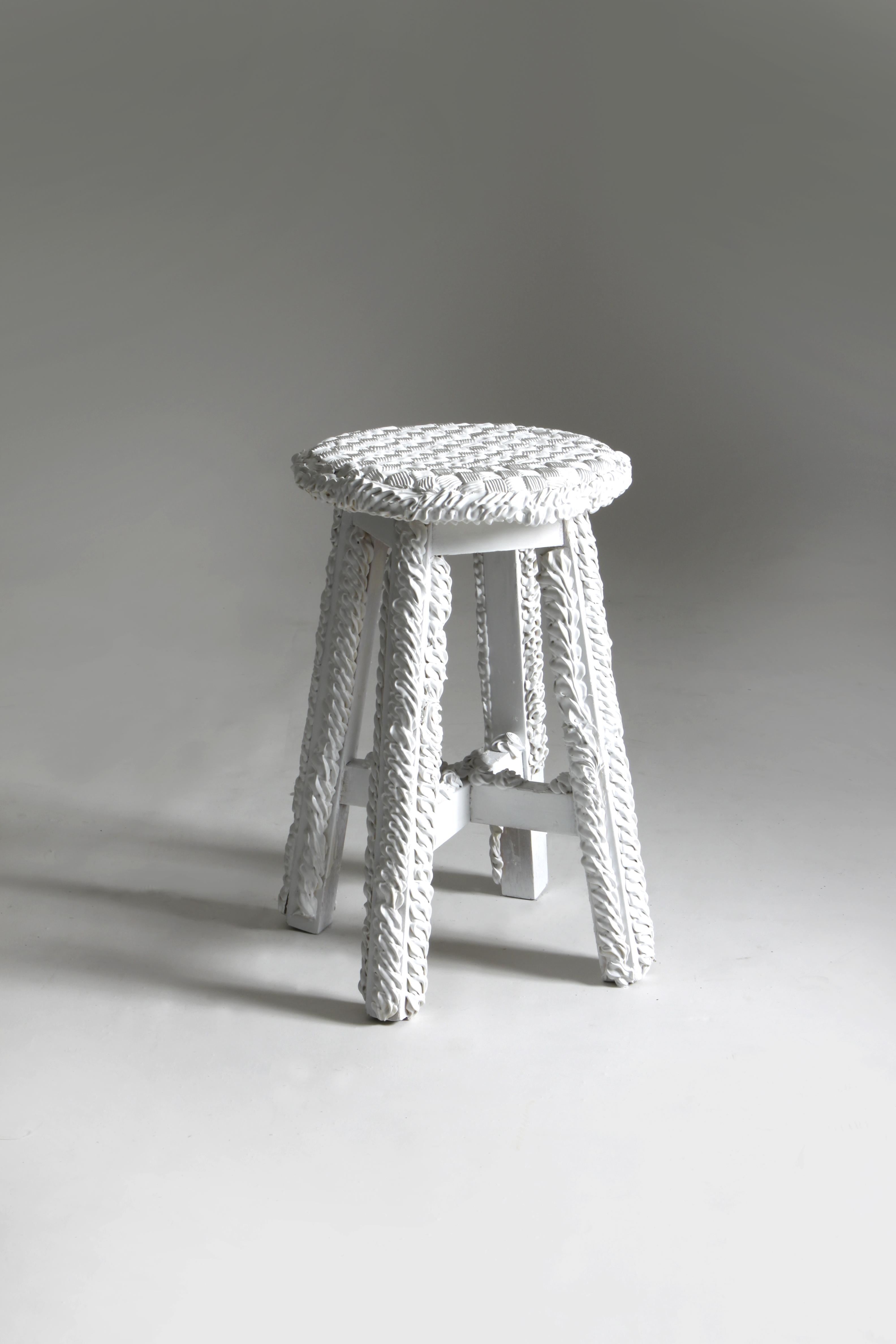 cake chair1