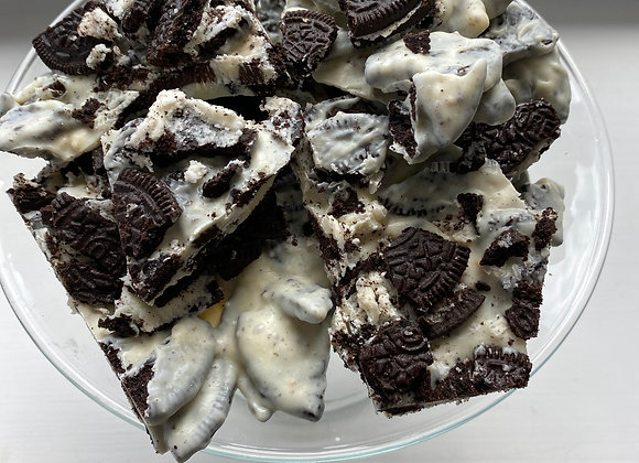 12 Piece Cookies and Cream Bark