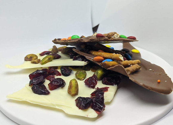 4oz White Bark with Cranberries and Pistachios