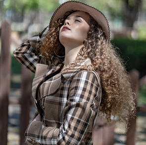 fashion and portrait 33.jpg