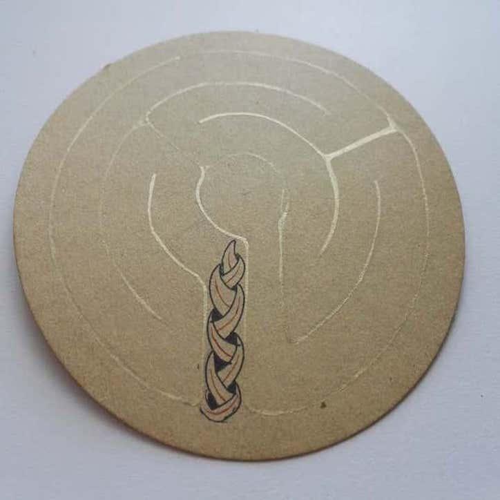 Phase 2 : recouvrir la ficelle avec de l'encre dorée