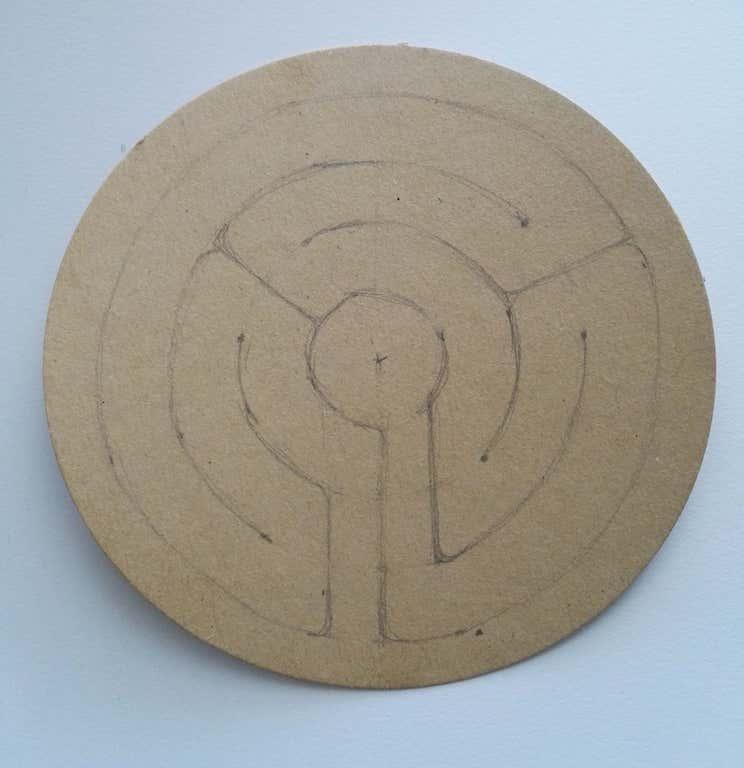 Phase 1 : ficelle en forme de labyrinthe