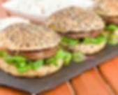 i39559-hamburger-au-boeuf-et-aux-jeunes-