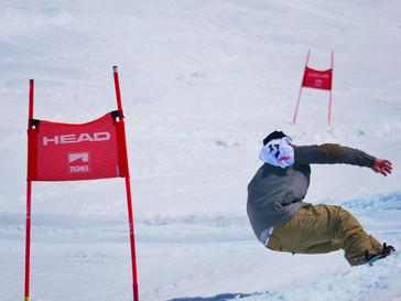 unknown-snowboarder in Tignes.jpg