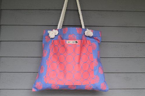 Medium Tote -Scallop Drag on Red Blue Scallops
