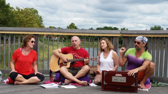 Kirtan at the Pier
