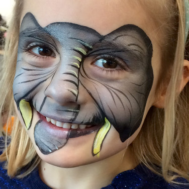 Animal facepainting