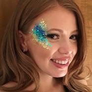 Glitter eye make-up