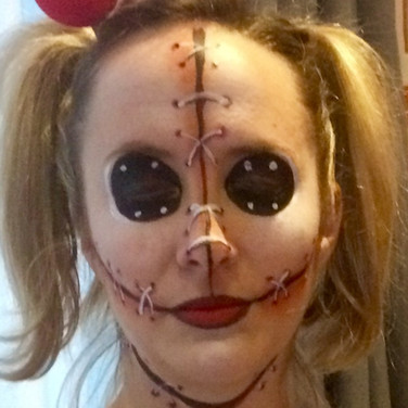 Hallowean facepainting