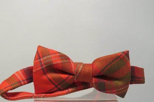 Heritage MacDougall Pre-Tied Bow Tie
