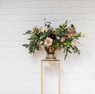 Floral stand plinth wedding pedestal.jpg