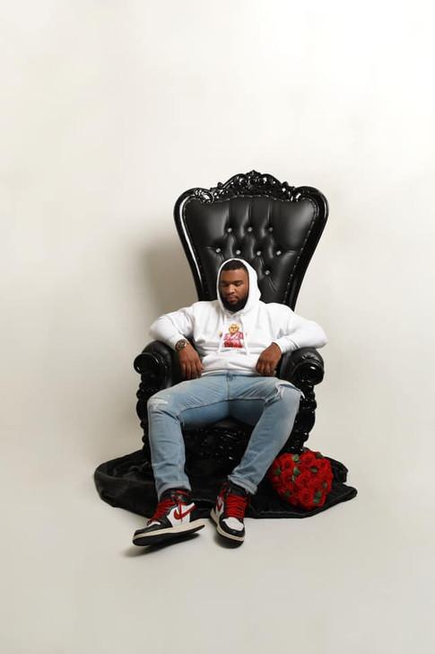 Black Throne Chair