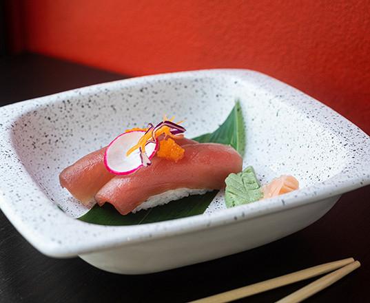 Urban sushi_NIGIRI TONNO_550x440.jpg