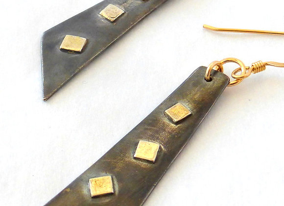 Oxidized Strips with Gold Overlay Squares