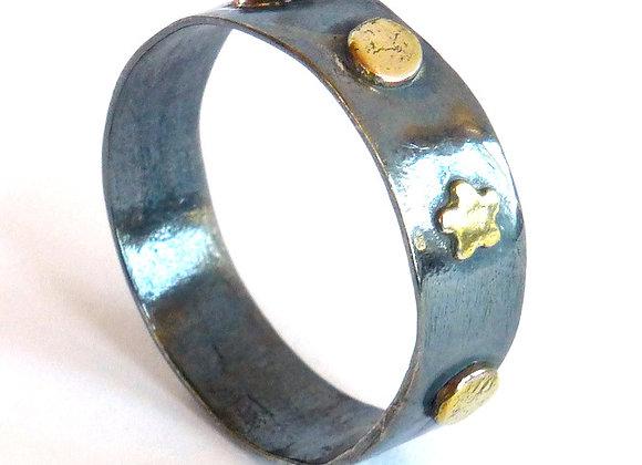 Oxidized Dot Ring