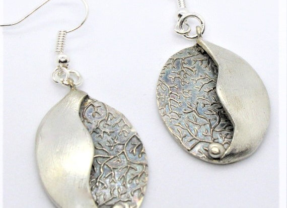 Two-layered Oval Earrings