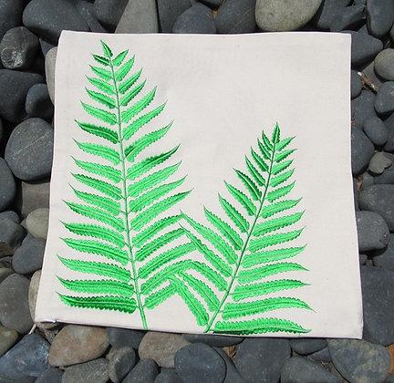 CUSHGF Green Fern Cushion Cover