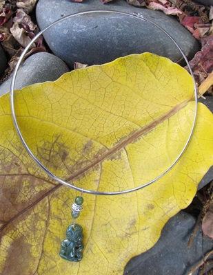 AJ206 Greenstone Choker Tiki Necklace