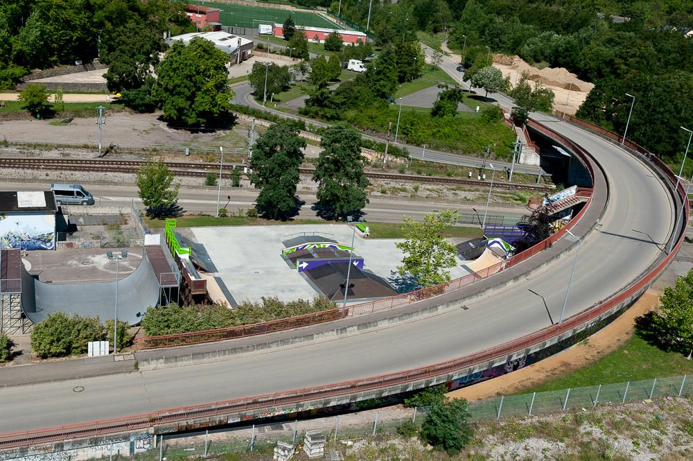 STREETAREA,VERT & BUSAREA (PIC-2012)