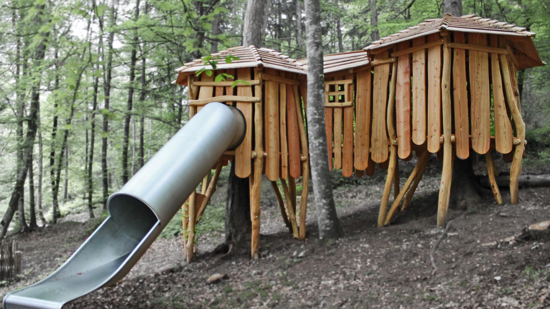 Giochi in Robinia, sculture naturali dal bosco!