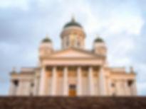 フィンランド・ヘルシンキ白亜の大聖堂.jpg