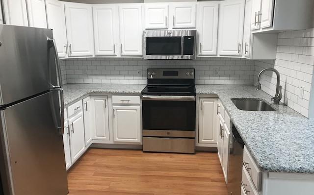 202B Kitchen.jpg