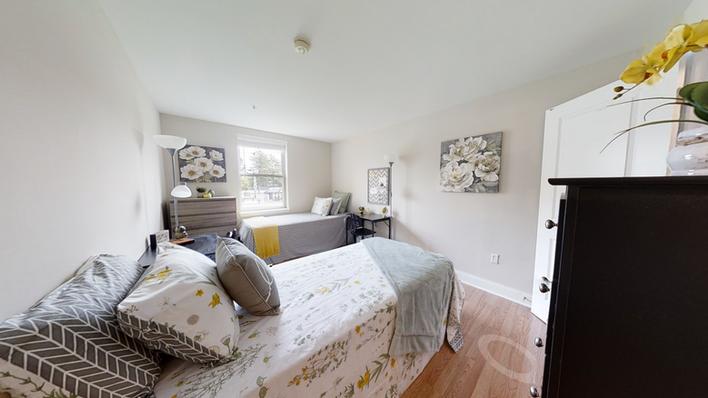 apt 204 bedroom