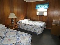 Cabin 16_6.JPG