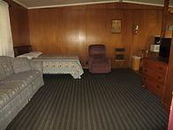 Cabin 15_1.JPG