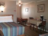 Room 4_1.jpg