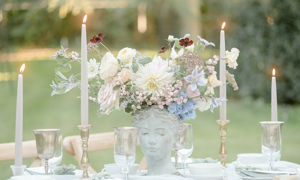 Ciera Schmid Fioritura Floral Design Fine Art Florals Deidesheim Morrhof Gimmeldingen Luxushochzeit Fineart Hochzeit Schlosshochzeit