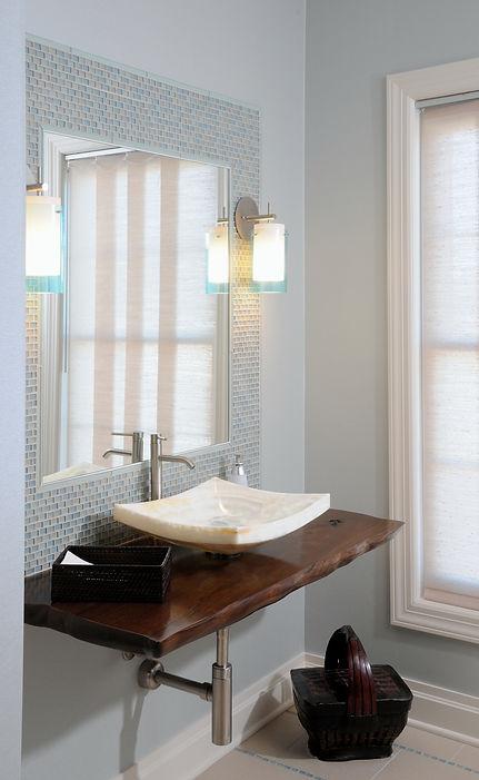 Bathroom1r 2.jpg