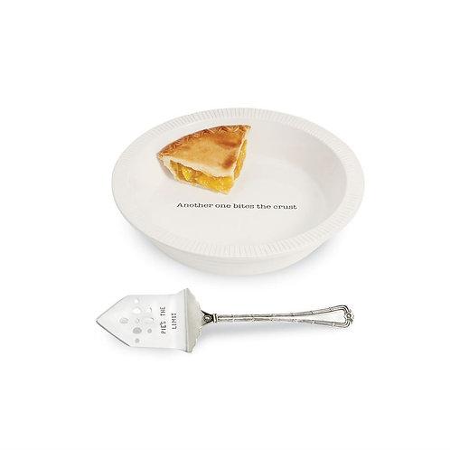 Circa Pie Plate With Server