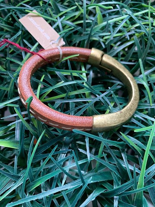 1/2 Magnetic Stitch Bracelet