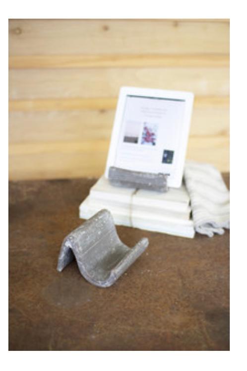 grey wash clay ipad holder