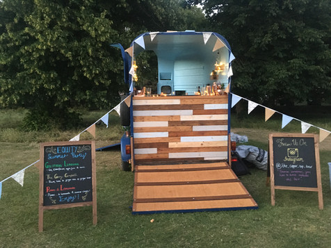 Mobile Horsebox Bar