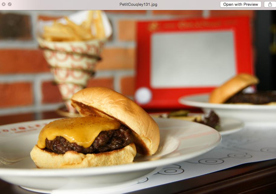Petit Cheeseburger
