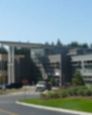 Lynnwood_High_School_entry_2009.jpg