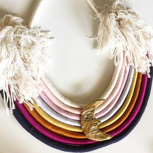 Rainbow collar