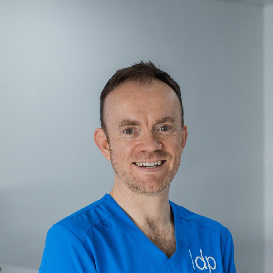 Dr Stuart Campbell