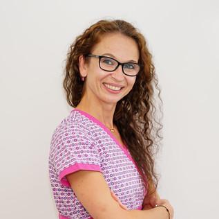 Dorina Aunianu | Dentist