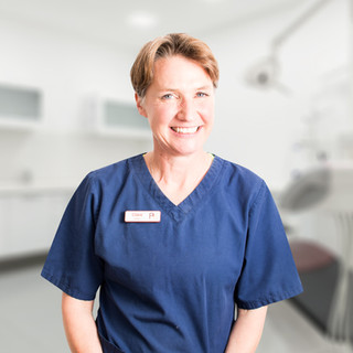 Dr Clare Edwards