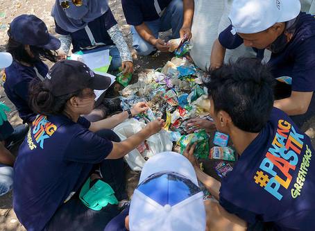 Merespon Permasalahan Sampah Plastik di Perairan Kita