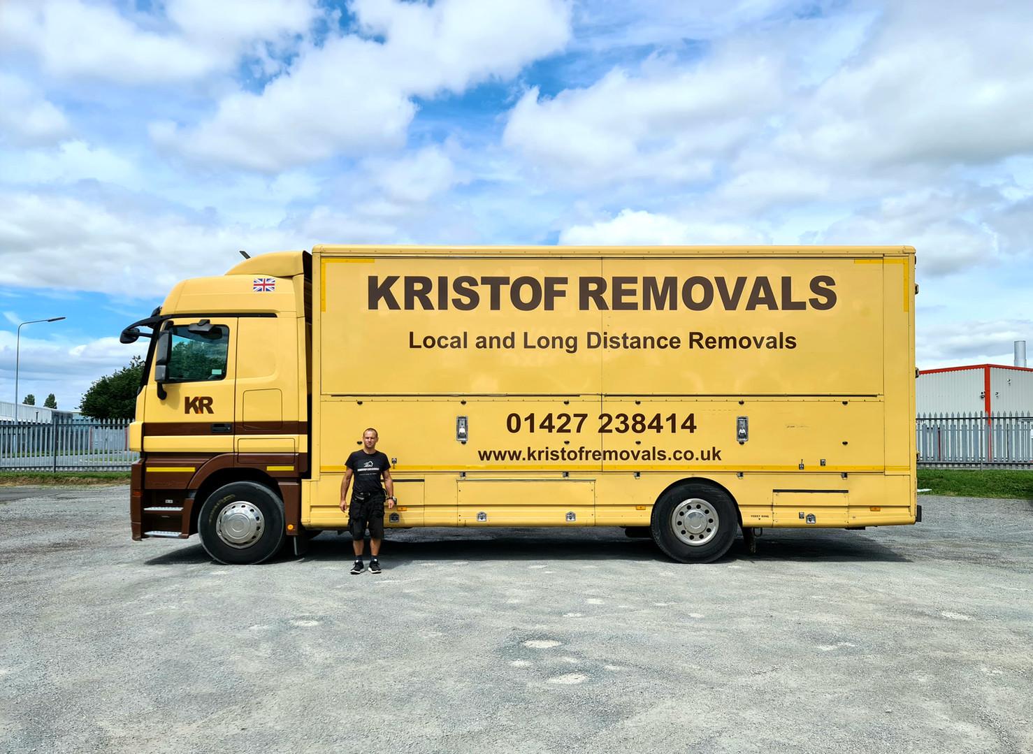 Kristof Removals 18t Lorry.jpg