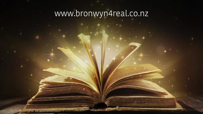 The magic of books.mp4
